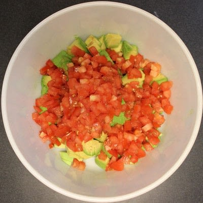 How to make guacamole. The Best Guacamole - Step 2