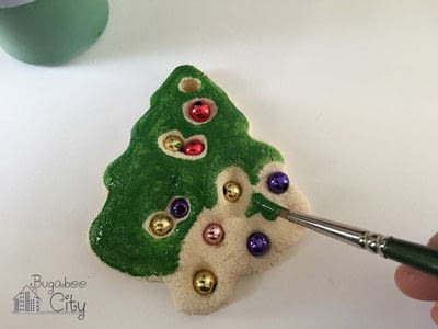 How to make an ornament. Toddler Ornament And Gift Box - Step 2