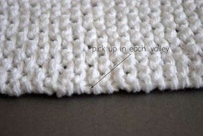 How to make a dish cloth or scrubber. Knot Another Washcloth! - Step 4