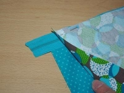 How to make a zipper pouch. Sewing A Zipped Purse - Step 1