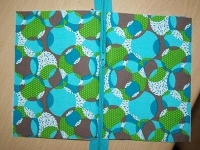 How to make a zipper pouch. Sewing A Zipped Purse - Step 2