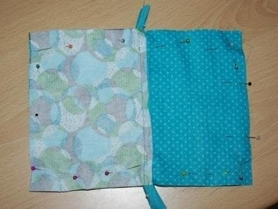 How to make a zipper pouch. Sewing A Zipped Purse - Step 3