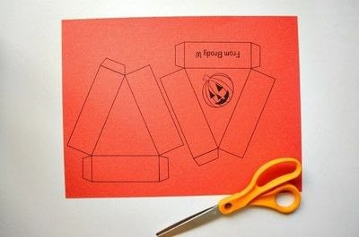 How to make a paper box. Halloween Treat Boxes - Step 1