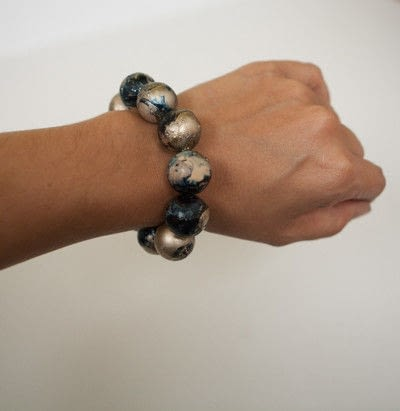 How to bead a wooden bead bracelet. Marbleized Wood Bead Bracelet  - Step 12