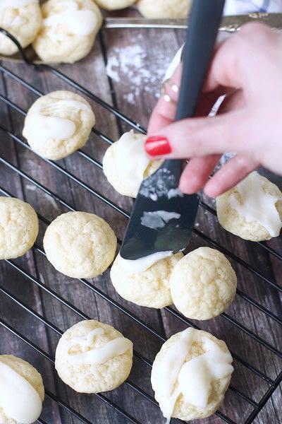How to bake a cookie. Yogurt Cookies - Step 8