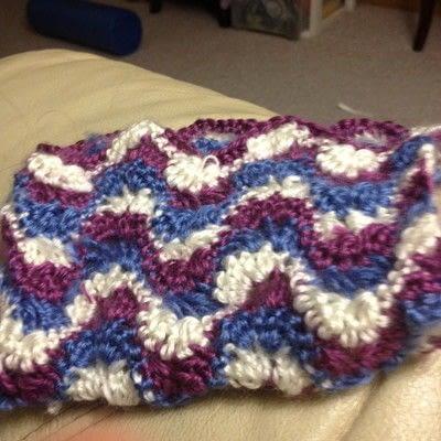 How to stitch a knit or crochet clutch. Ruby Crochet Purse - Step 2
