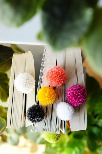 How to make a bookmark. Pom Pom Bookmarks - Step 8