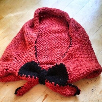How to make a hooded scarf. Little Red Riding Snood - Step 8