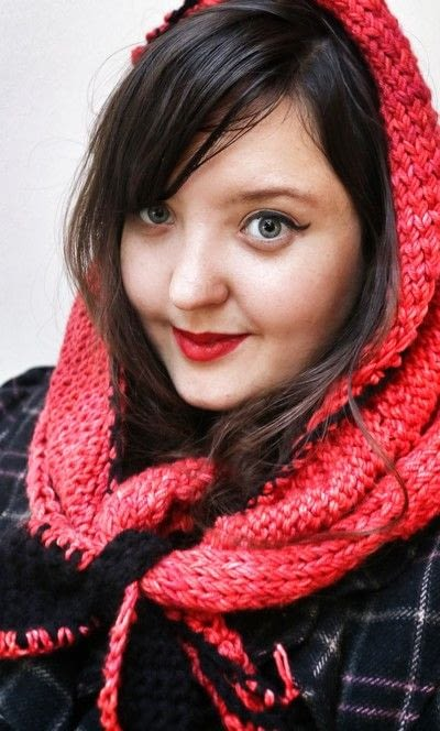 How to make a hooded scarf. Little Red Riding Snood - Step 10