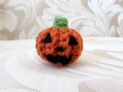 How to make a pumpkin plushie. Crochet Jack O' Lantern - Step 10