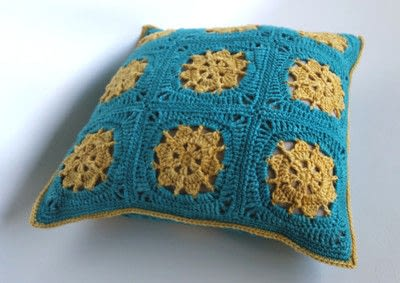 How to crochet a granny square cushion. Bask Cushion Cover Using Indie Yarn Store Superwash Merino Yarn - Step 9