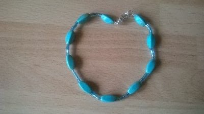 How to make a beaded bracelet. Blue Beaded Bracelet  - Step 4