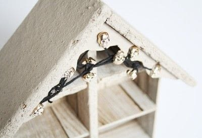 How to make a dolls house. Diy Halloween Haunted House - Step 2