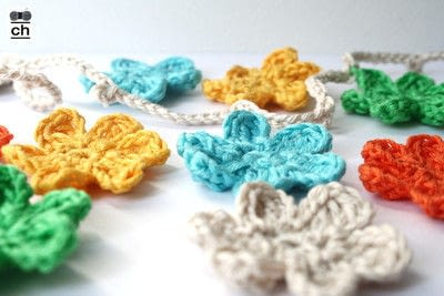 How to make a garland. Colorful Crochet Garland - Step 11