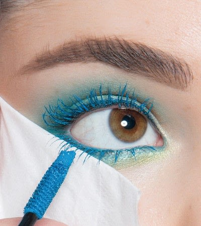 How to create a blue eye makeup look. Showgirl Transformation - Step 10