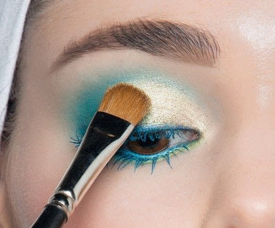 How to create a blue eye makeup look. Showgirl Transformation - Step 11