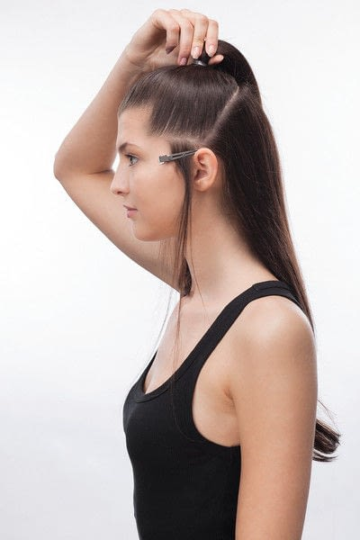 How to style a ponytail. Sixties Fountain - Step 1