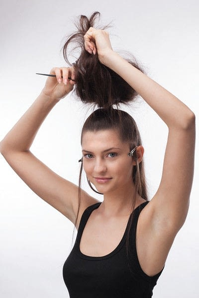 How to style a ponytail. Sixties Fountain - Step 2