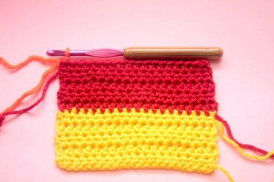 How to knit or crochet a stripy scarf. Rainbow Tart Candy Scarf - Step 3