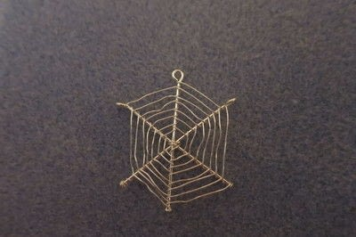 How to make a pair of wire earrings. Cobweb Earrings - Step 4