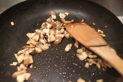 How to cook a sandwich. Mushrooms On Toast - Step 1
