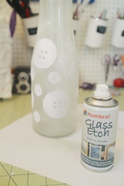 How to etch an etched vase. Etched Button Vase - Step 6