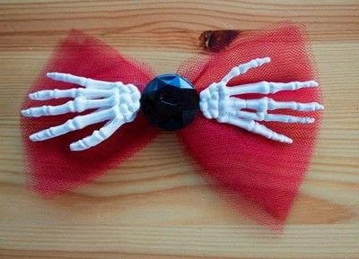 How to make a bow headband. Skeleton Hand Bow Headband  - Step 2