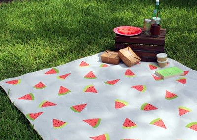 How to make a quilted blanket. Watermelon Picnic Blanket - Step 11