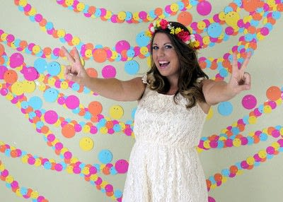 How to make a hanging garland. No Sew Photo Booth Garland - Step 7