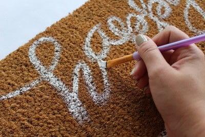 How to make a door mat. Fall Doormat - Step 5