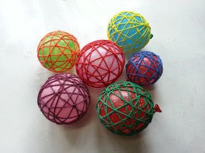 How to make a piece of seasonal decor. Diy Decorative Yarn Balls - Step 4