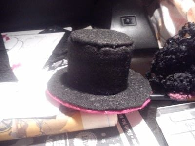 How to make a top hat. Halloween Cute Mini Top Hat - Step 5