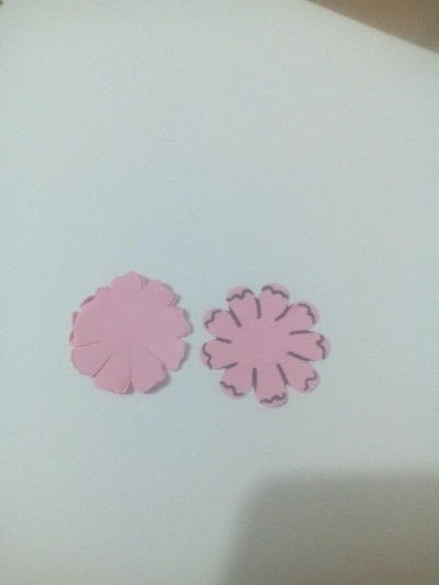 How to make a bouquet. Paper Roses - Step 3