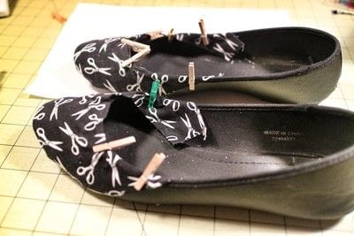 How to make a pair of fabric covered shoes. Seamstress Flats - Step 13