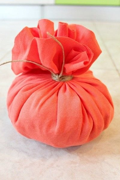 How to make a pumpkin plushie. Diy Pumpkin Home Decor Out Of Old T Shirts - Step 3