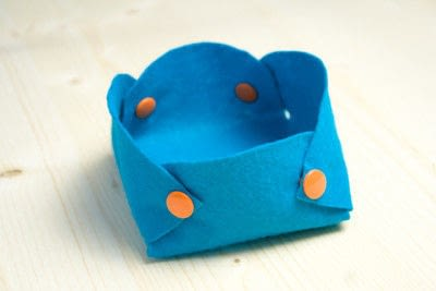 How to sew a fabric basket. No Sew Felt Baskets - Step 5