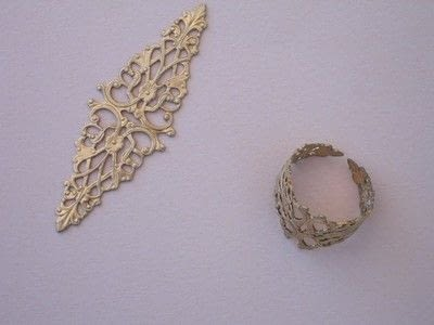 How to make a metal ring. Vintage Button Filigree Ring - Step 4