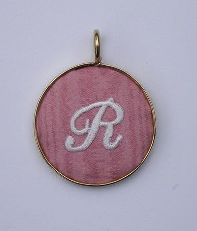How to make a fabric necklace. Initial Pendant - Step 5