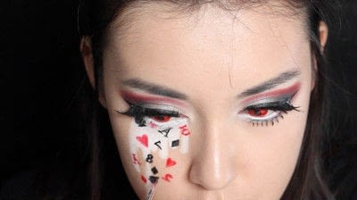 How to create a face painting. Evil Alice In Wonderland Halloween Makeup Tutorial - Step 30