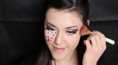 How to create a face painting. Evil Alice In Wonderland Halloween Makeup Tutorial - Step 35