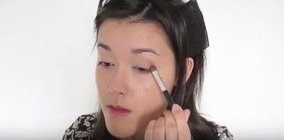 How to create a smokey eye. Autumn Makeup   Natural Smokey Eye And Red Lip - Step 9