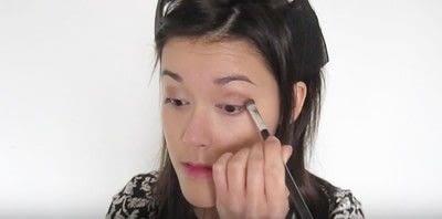 How to create a smokey eye. Autumn Makeup   Natural Smokey Eye And Red Lip - Step 10