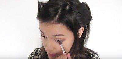 How to create a smokey eye. Autumn Makeup   Natural Smokey Eye And Red Lip - Step 11