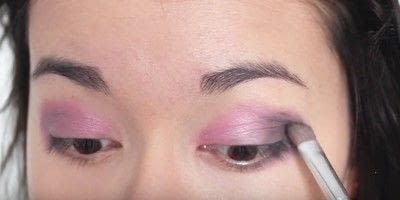 How to create an eye makeup look. Pink Goth Grunge Makeup Tutorial - Step 9