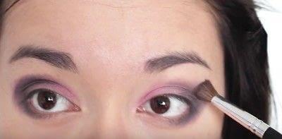 How to create an eye makeup look. Pink Goth Grunge Makeup Tutorial - Step 10