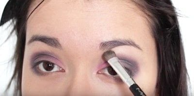 How to create an eye makeup look. Pink Goth Grunge Makeup Tutorial - Step 11