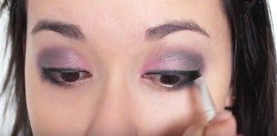 How to create an eye makeup look. Pink Goth Grunge Makeup Tutorial - Step 14