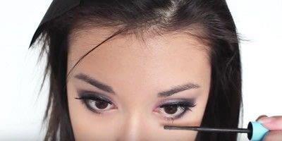 How to create an eye makeup look. Pink Goth Grunge Makeup Tutorial - Step 18