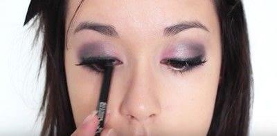 How to create an eye makeup look. Pink Goth Grunge Makeup Tutorial - Step 20