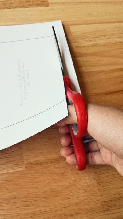 How to make an envelope. Make Your Own Envelopes  - Step 2